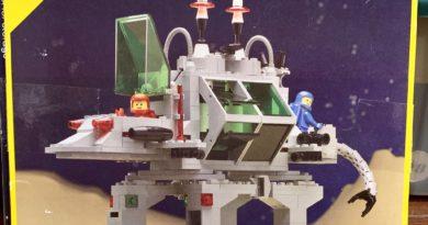 6940: Alien Moon Stalker